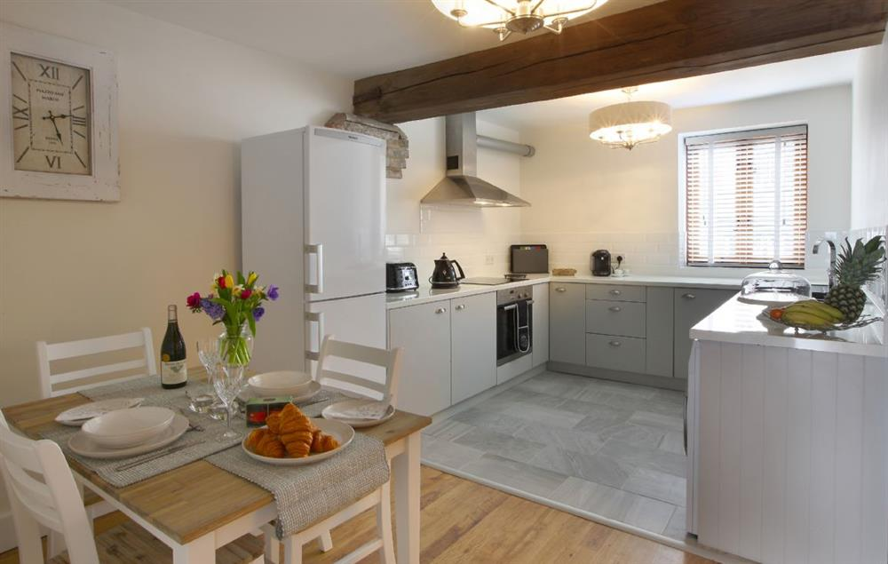 First floor: Kitchen/breakfast room at 1 Harbour View (Kent), Rye