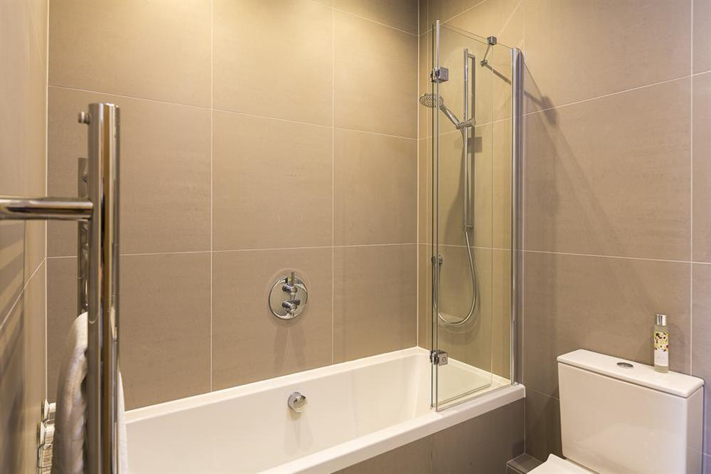 Fully tiled family bathroom at 1 The Manor House, Hillfield Village in , Hillfield, Dartmouth