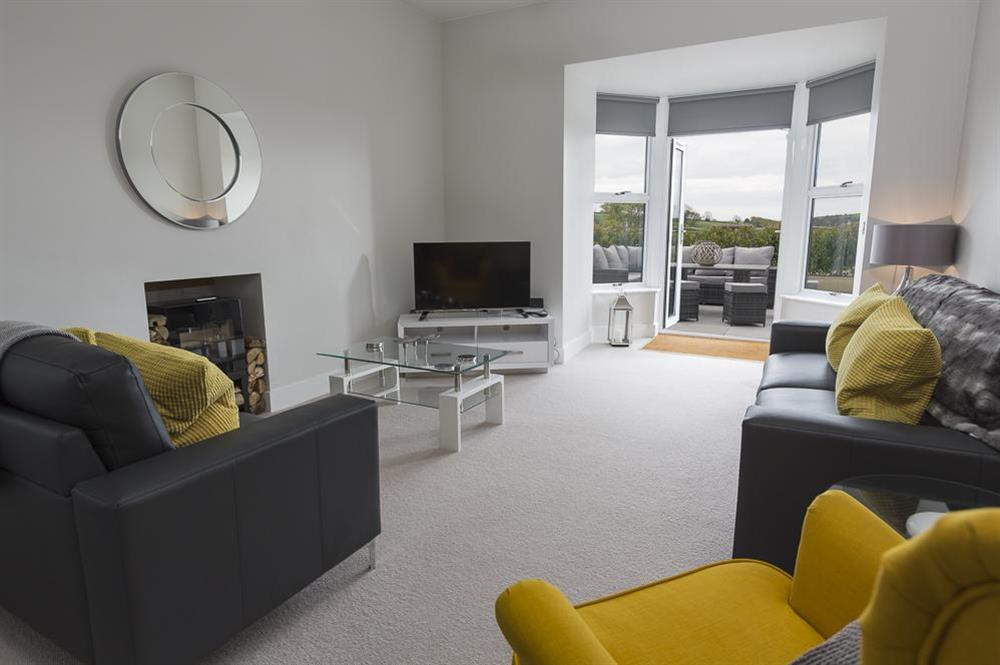 Stunning open plan living area with doors to terrace at 1 The Manor House, Hillfield Village in , Hillfield, Dartmouth