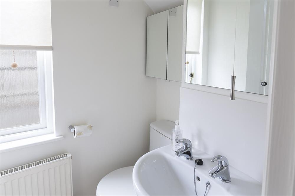 Cloakroom with w.c. and wash basin at 16 Dartmouth House in , Dartmouth