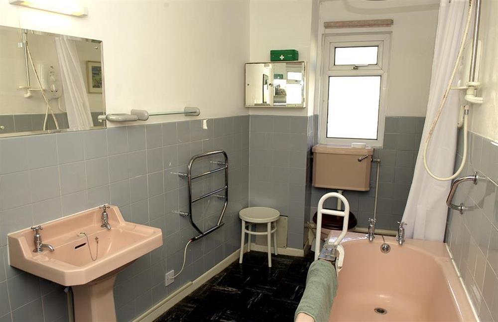 The bathroom at 1B Mayflower Court, Dartmouth