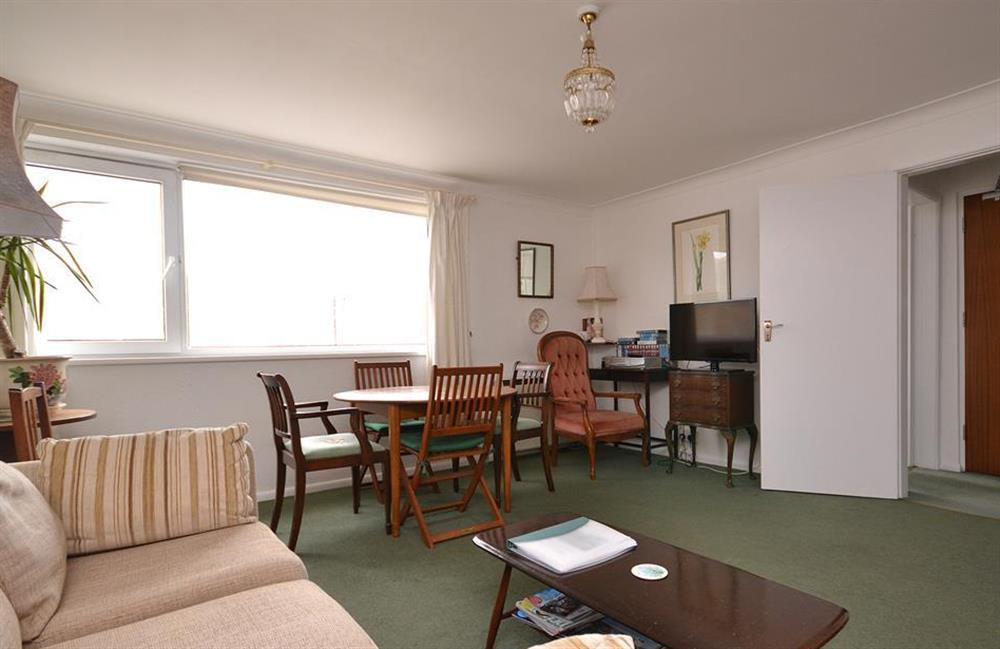 The living room again at 1B Mayflower Court, Dartmouth
