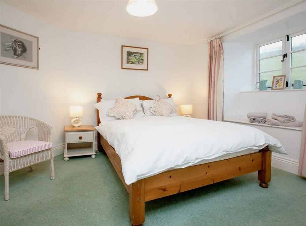 Double bedroom at 2 Castle Cottage in Bow Creek, Nr Totnes, South Devon., Great Britain