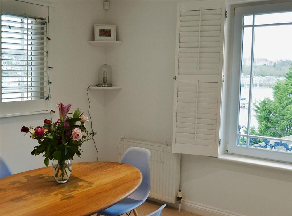 Welcoming dining area at 2 College View Lower Apartment in Kingswear, Devon
