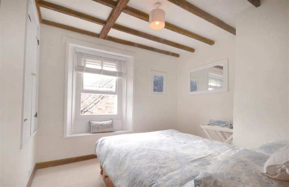 Beautifully presented double bedroom at 2 South View Terrace, Slapton