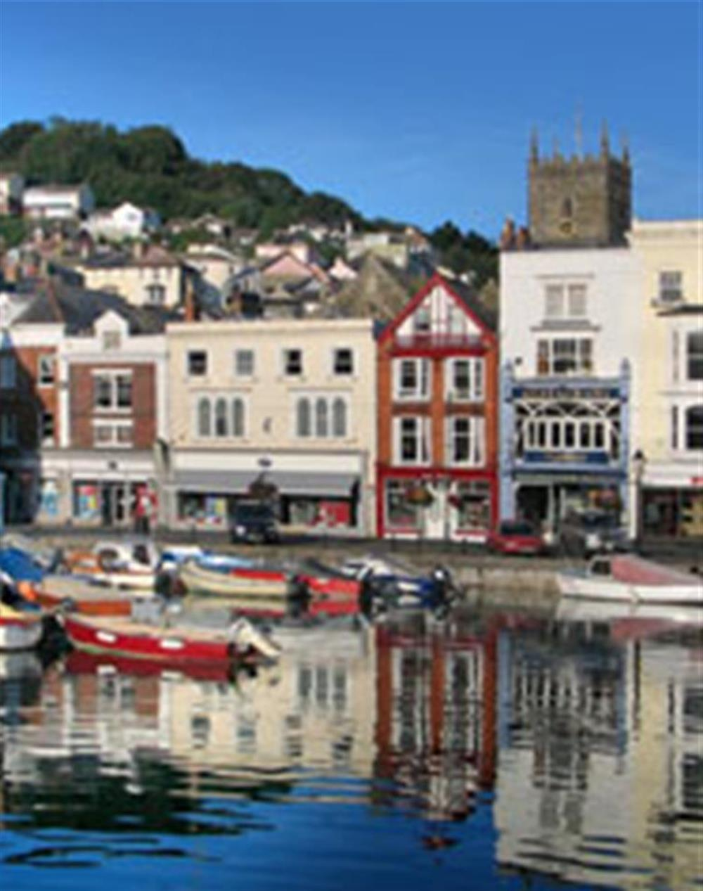 Historic and captivating Dartmouth, 20 minutes away at 2 South View Terrace, Slapton