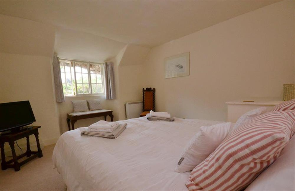 Another view of the double bedroom at 2 Vale Cottage, Slapton