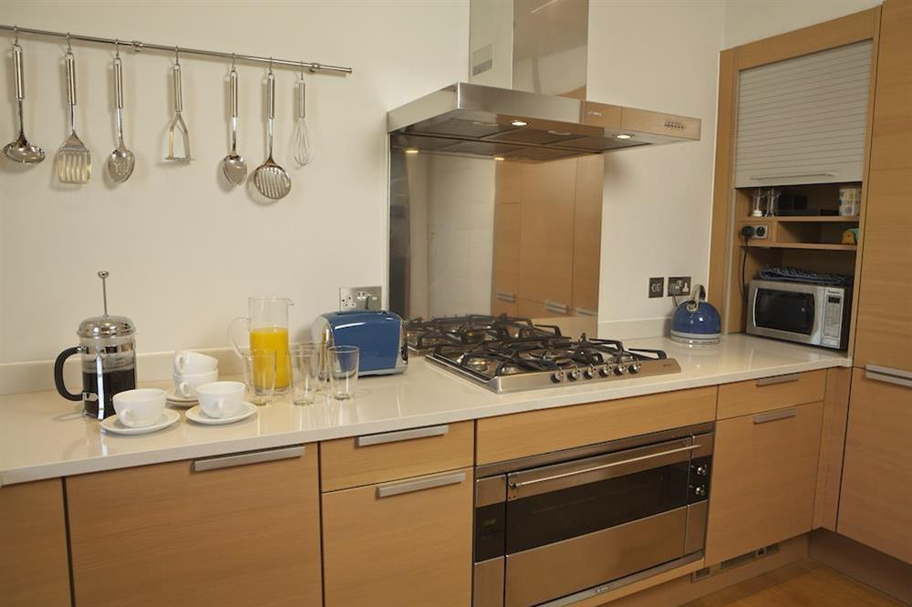 Kitchen with Poggenpohl units (photo 2) at 21 Dart Marina in Sandquay Road, Dartmouth