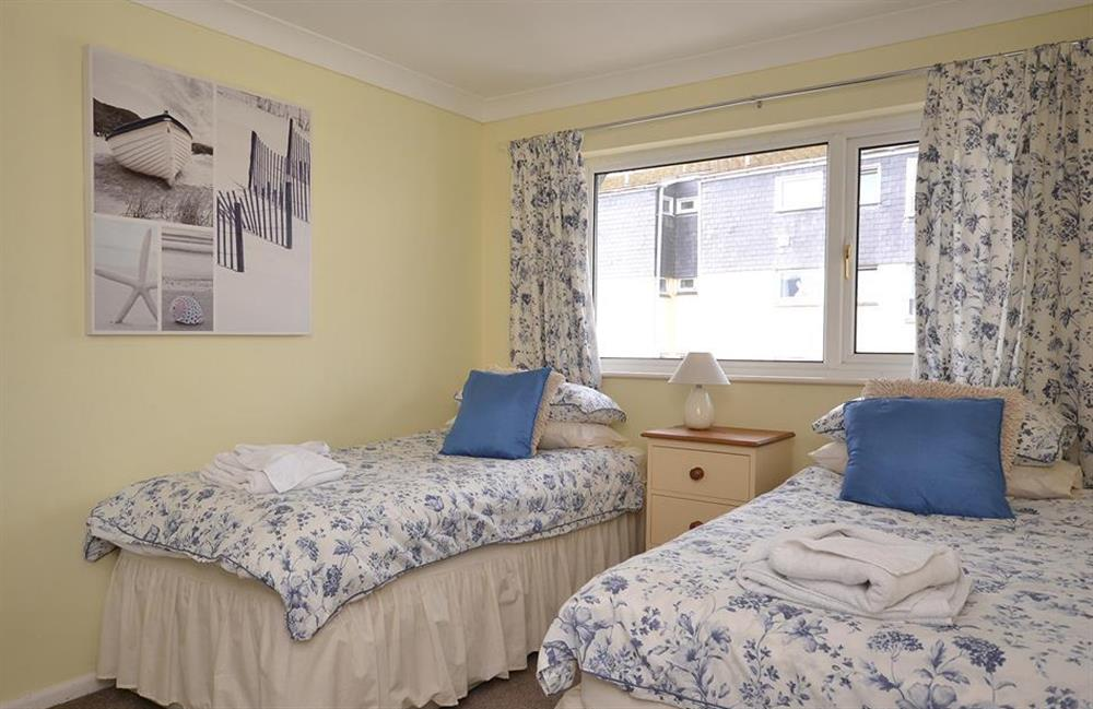 The twin bedroom at 2A Mayflower Court, Dartmouth