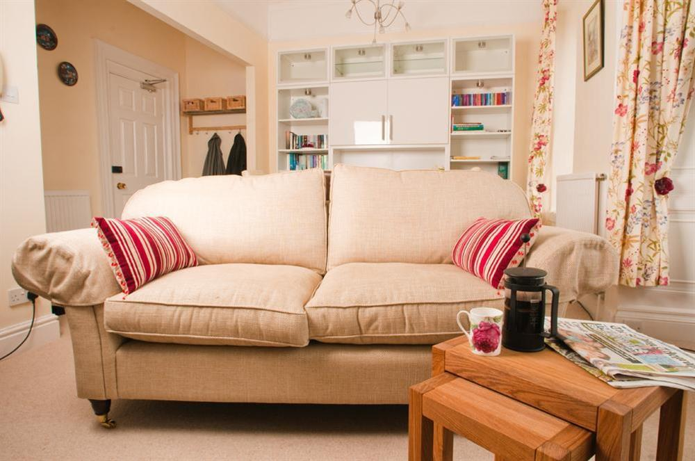 Lounge with comfortable sofa at 3 Dartview in South Town, Dartmouth