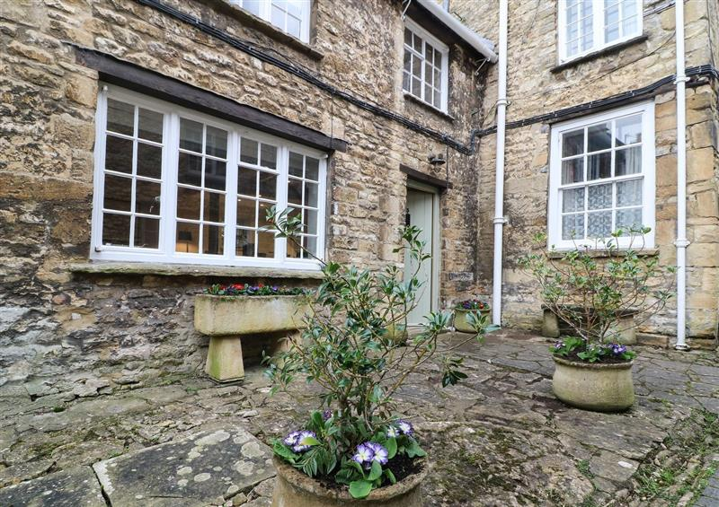 This is the setting of 3 George Yard at 3 George Yard, Burford
