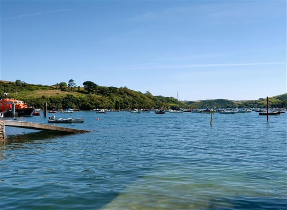 Surrounding area at 3 Harbour View in , Salcombe