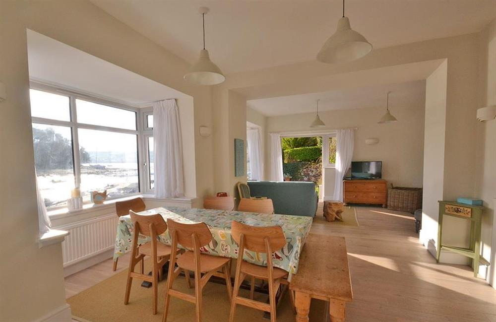 The dining area in the open plan living room at 3 River View, Stoke Gabriel