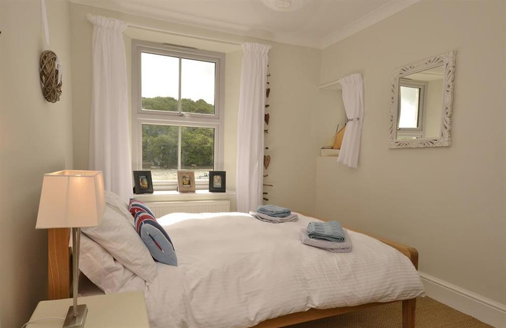 The second double bedroom at 3 River View, Stoke Gabriel
