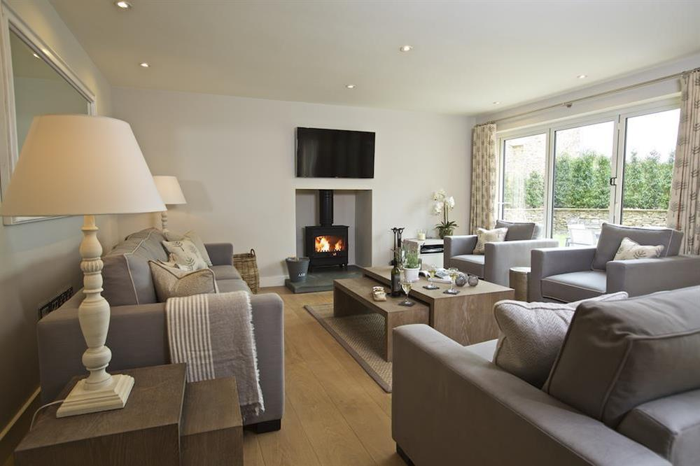Stunning, light and bright open-plan living space at 3 The Drive in , Hillfield, Dartmouth