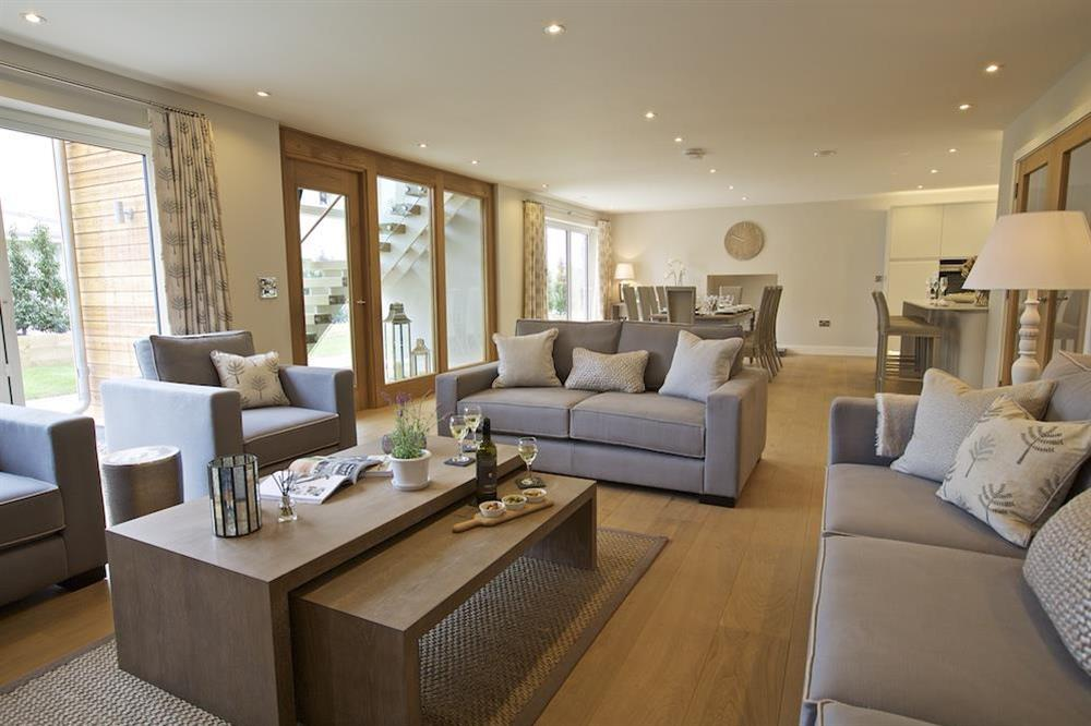 The living space is presented to the highest standards at 3 The Drive in , Hillfield, Dartmouth
