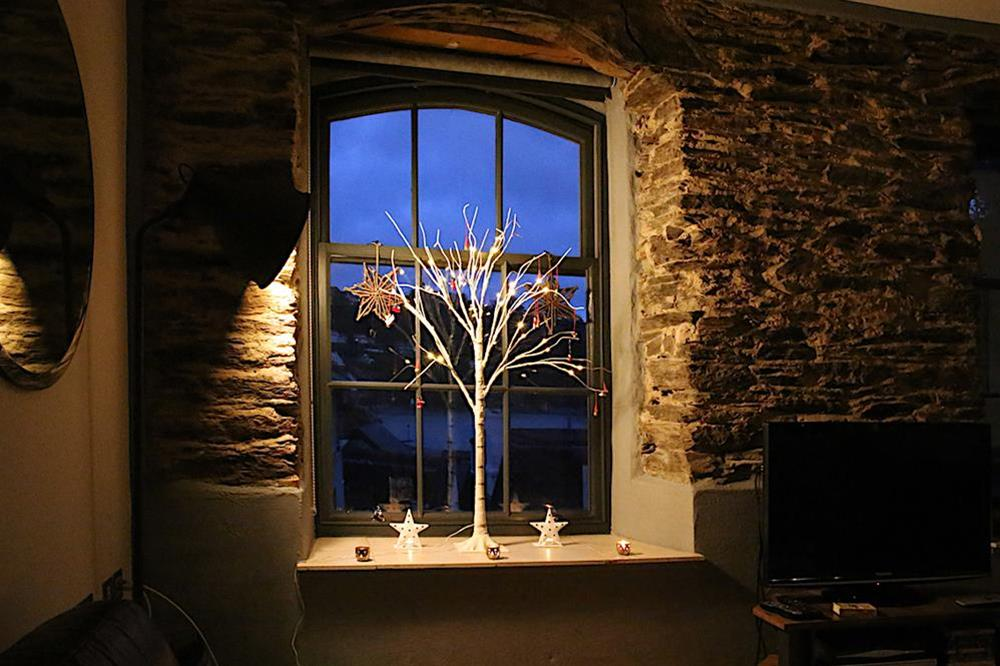 Cosy living room, ideal for a winter break at 3 The Pottery in , Dartmouth
