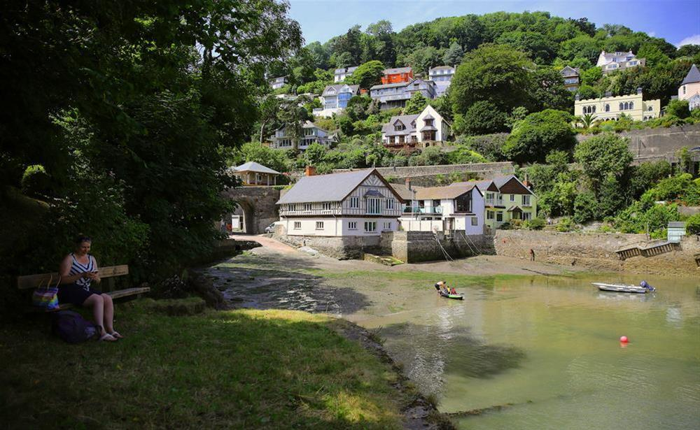 Seating by the Creek (photo 2) at 3 The Pottery in , Dartmouth