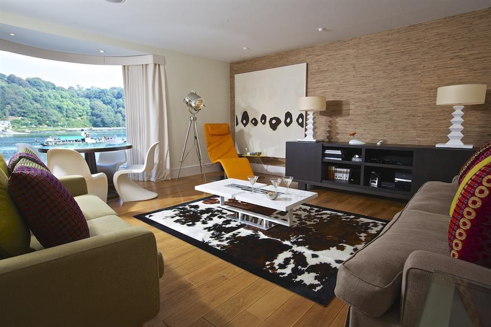 Contemporary lounge with lovely river views (photo 2) at 32 Dart Marina in Dart Marina, Dartmouth