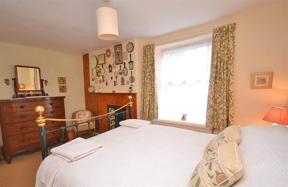 Another view of the second double bedroom at 4 Kings Quay, Dartmouth