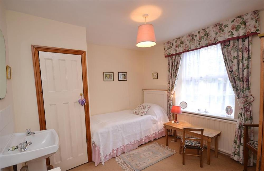 The single bedroom at 4 Kings Quay, Dartmouth