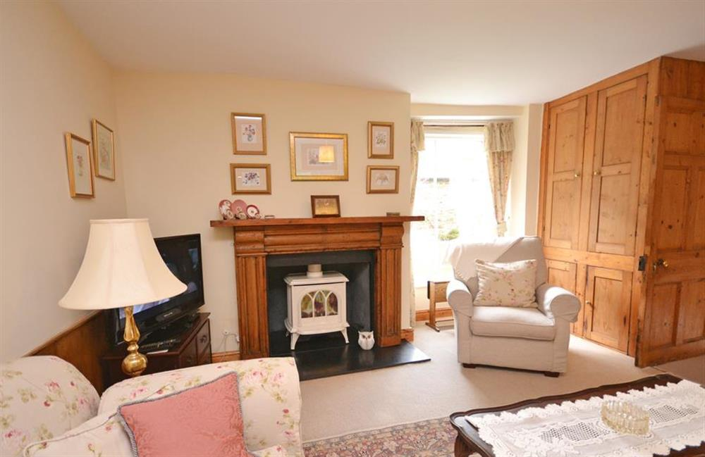 The sitting room looks onto the garden at 4 Kings Quay, Dartmouth