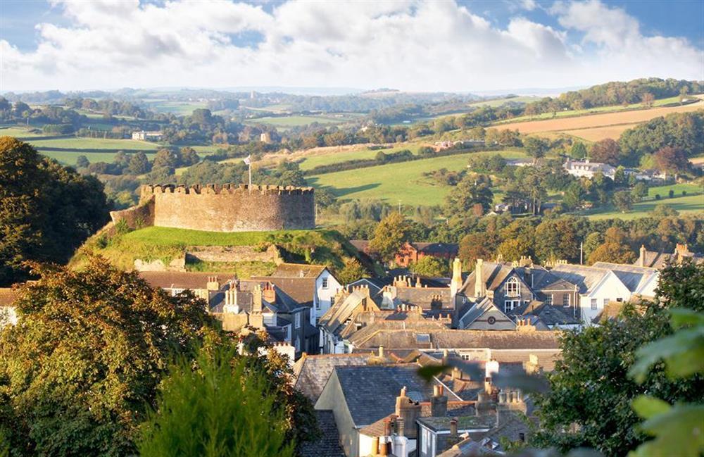 Views towards Totnes Castle at 4 Ramparts Walk, Totnes