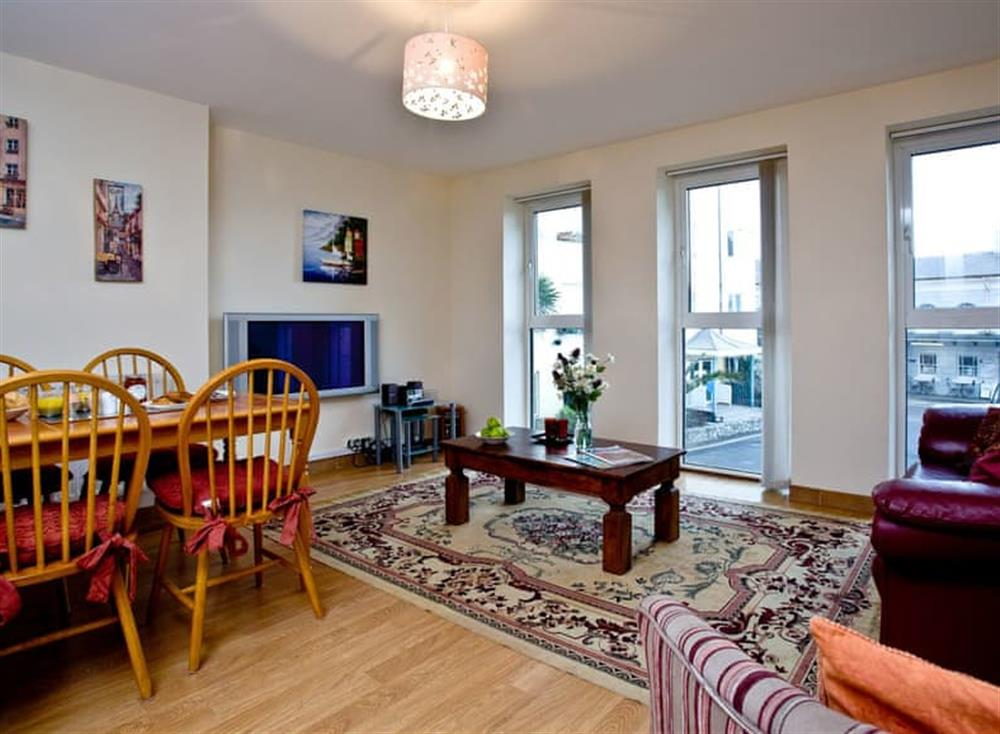 Open plan living space at 4 Richmond House in South Devon, Dawlish