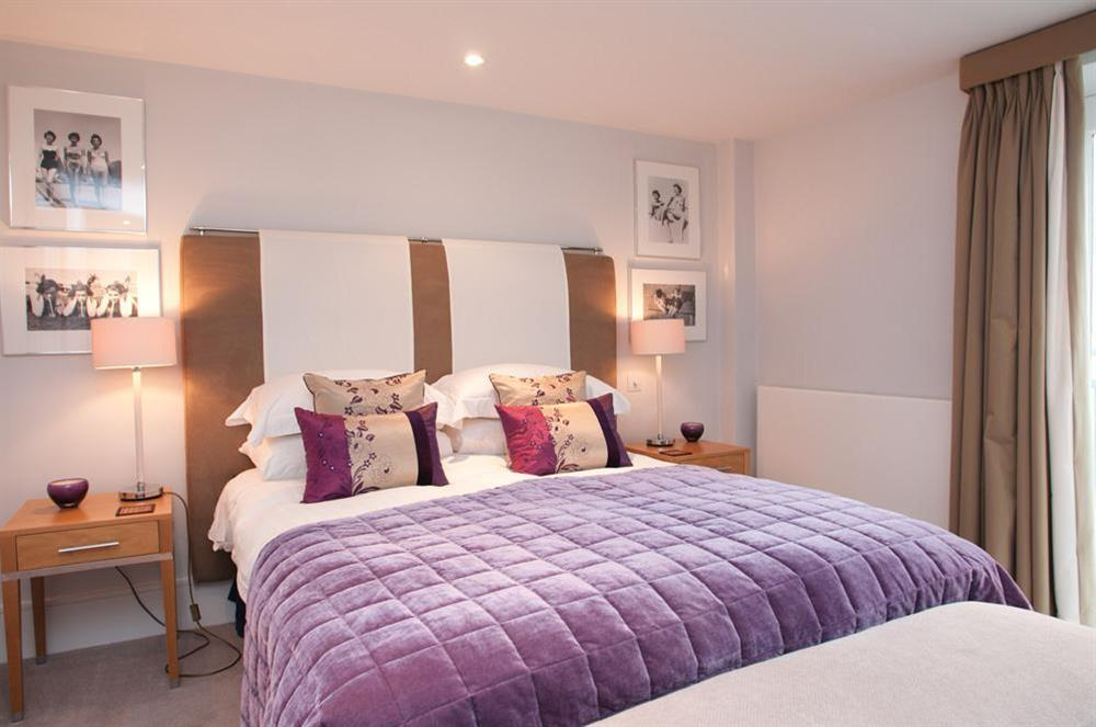 Master bedroom with King-size bed and river views (photo 2) at 45 Dart Marina in , Dart Marina