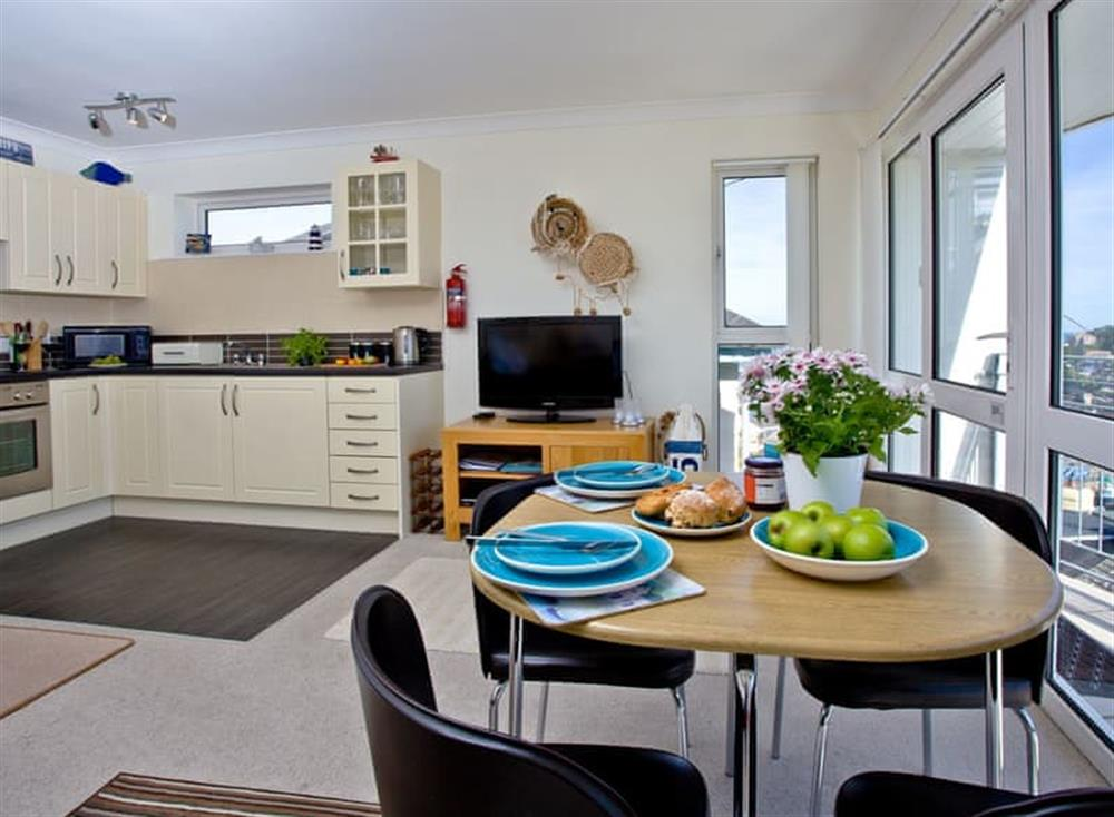 Open plan living space (photo 3) at 5 Linden Court in , Brixham