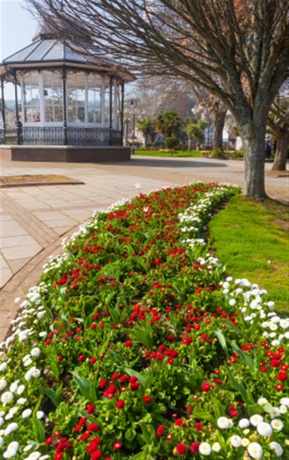 The pretty Royal Avenue Gardens, approximately 100 metres away from the apartment. at 6 Lee Court, Dartmouth