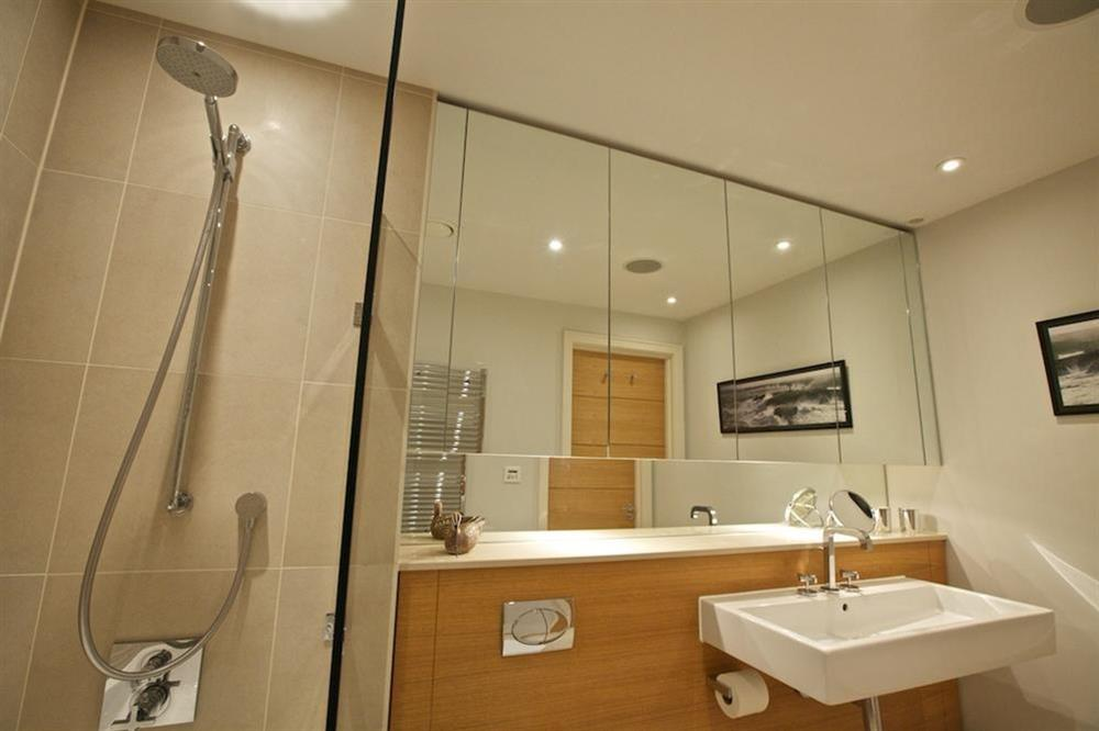 Lovely family bathroom (opposite the twin bedroom), with Kaldewei bath and shower (over) (photo 4) at 7 Dart Marina in Sandquay Road, Dartmouth