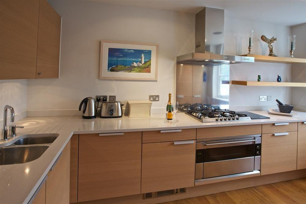 State-of-the-art Poggenpohl kitchen (photo 3) at 7 Dart Marina in Sandquay Road, Dartmouth