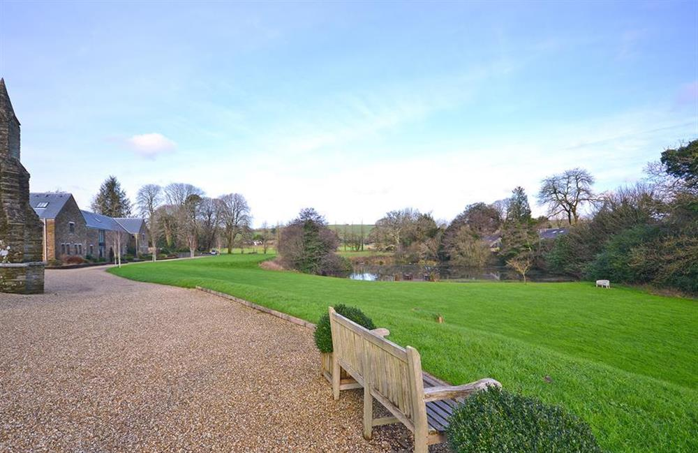 The grounds at The Fallapit Estate at 7 Dufour, East Allington
