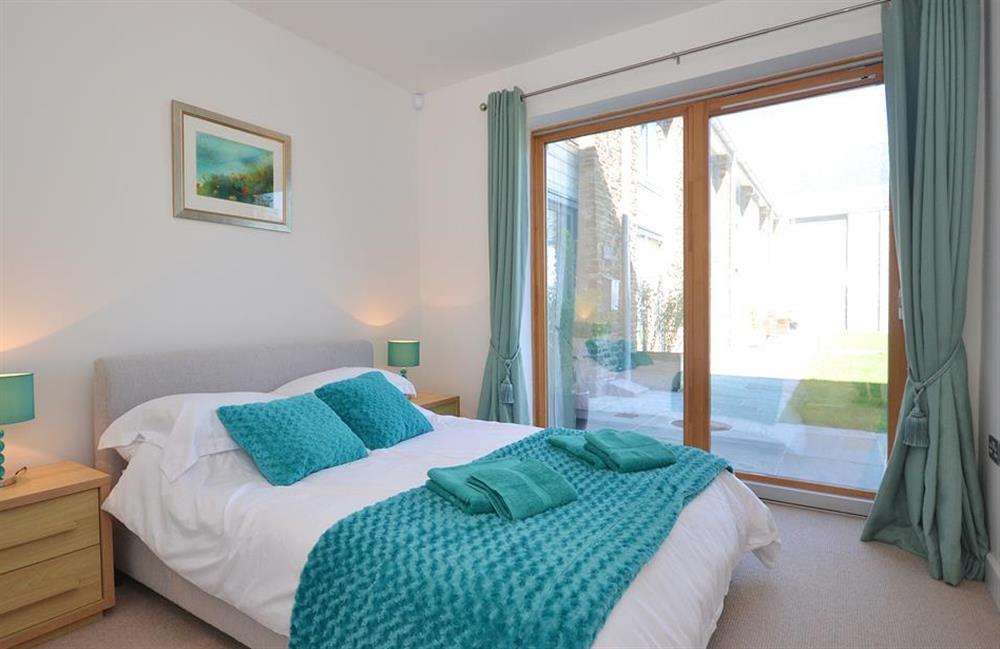 The second double bedroom at 7 Dufour, East Allington