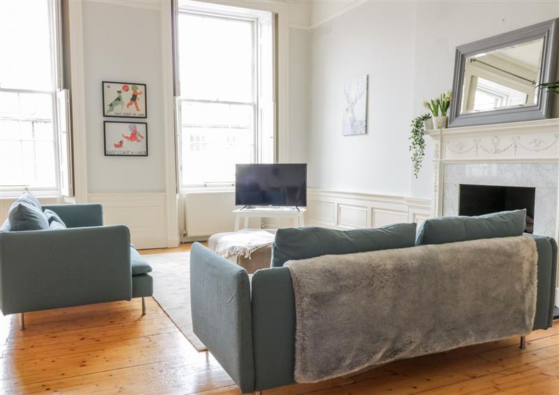 Enjoy the living room at 9/2 Albany Street, Edinburgh
