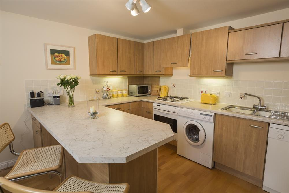 Fully equipped kitchen at 9 Dartmouth House in , Dartmouth