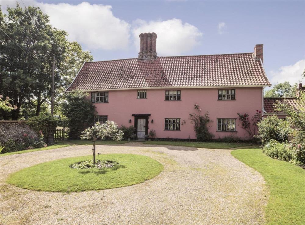 Spacious detached farmhouse at Abbey Farm in Eye, near Diss, Suffolk