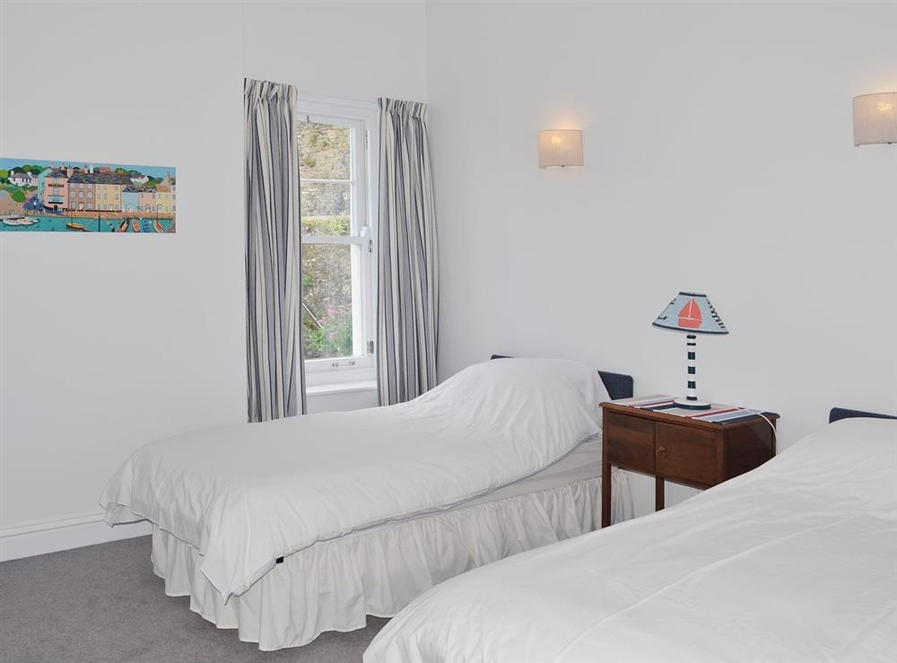 Twin bedroom at Above Town 77 in Dartmouth, Devon