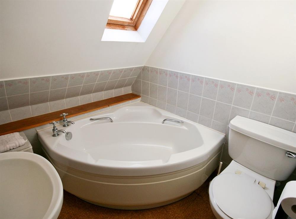 Bathroom at Achue Croft Cottage in Bonar Bridge, Ross-Shire