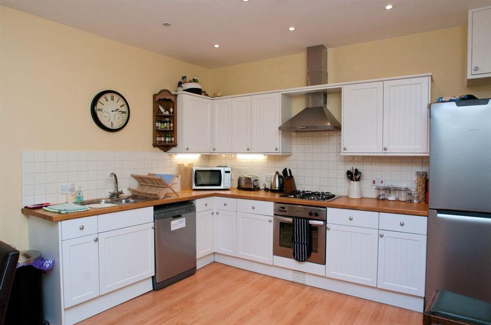 Well equipped kitchen on lower ground floor at Aeolus House in 42 Newcomen Road, Dartmouth