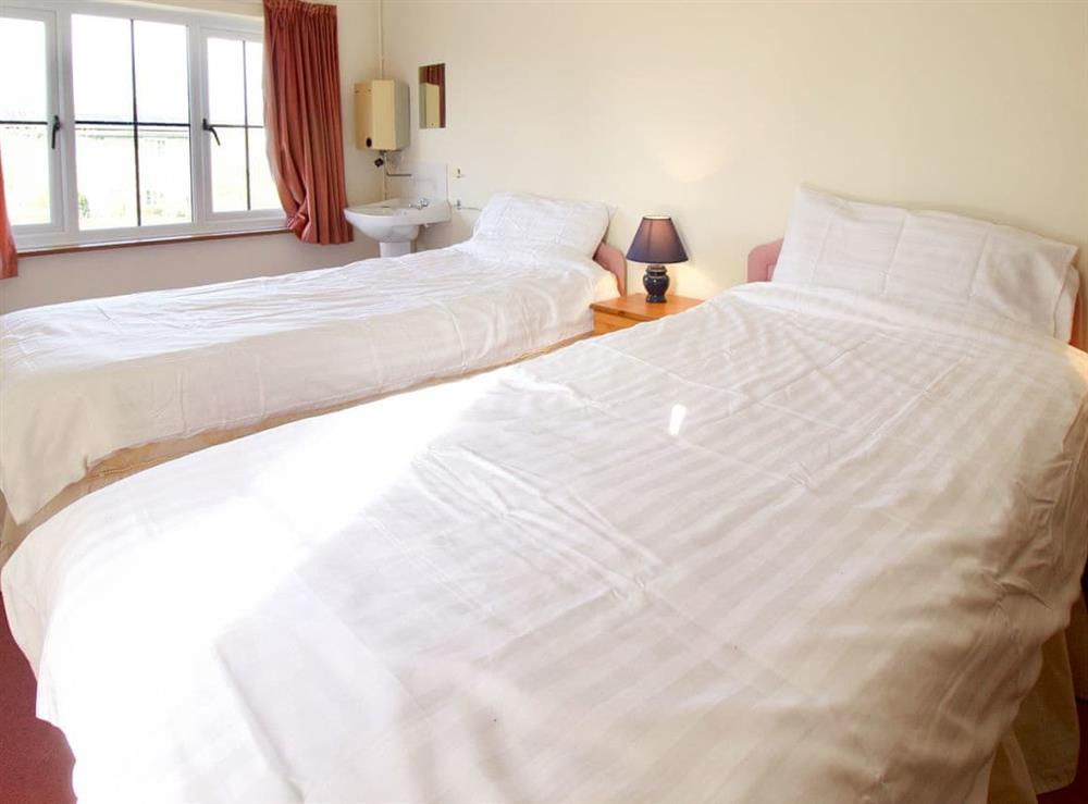 Twin bedroom at Anvil Cottage in Twyford, near Shaftesbury, Dorset