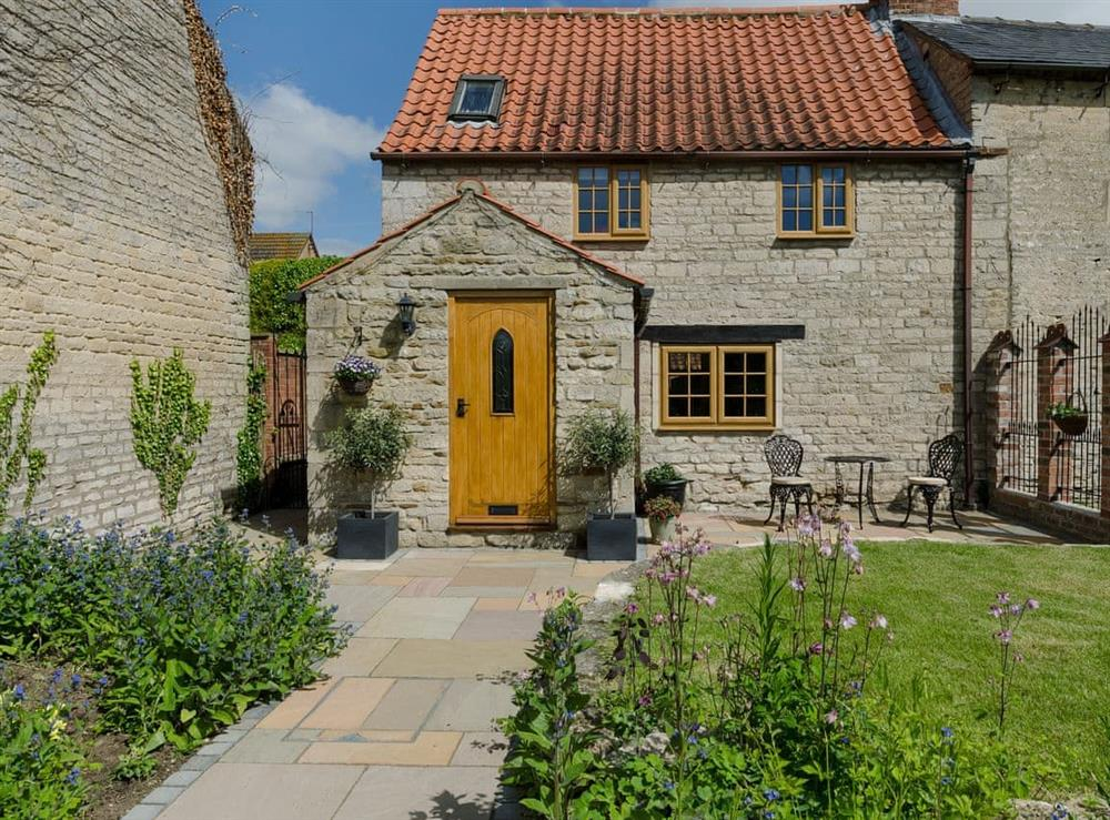 Delightful, semi-detached cottage at Apple Tree Cottage in Ropsley, near Grantham, Lincolnshire