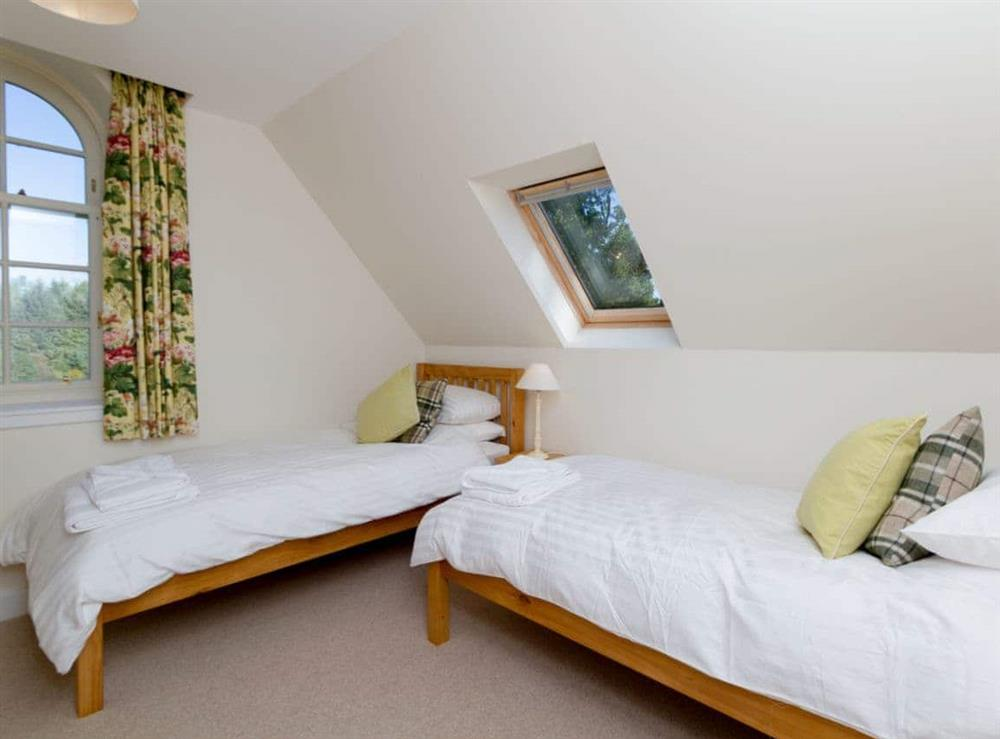 Twin bedroom at Grey Man,