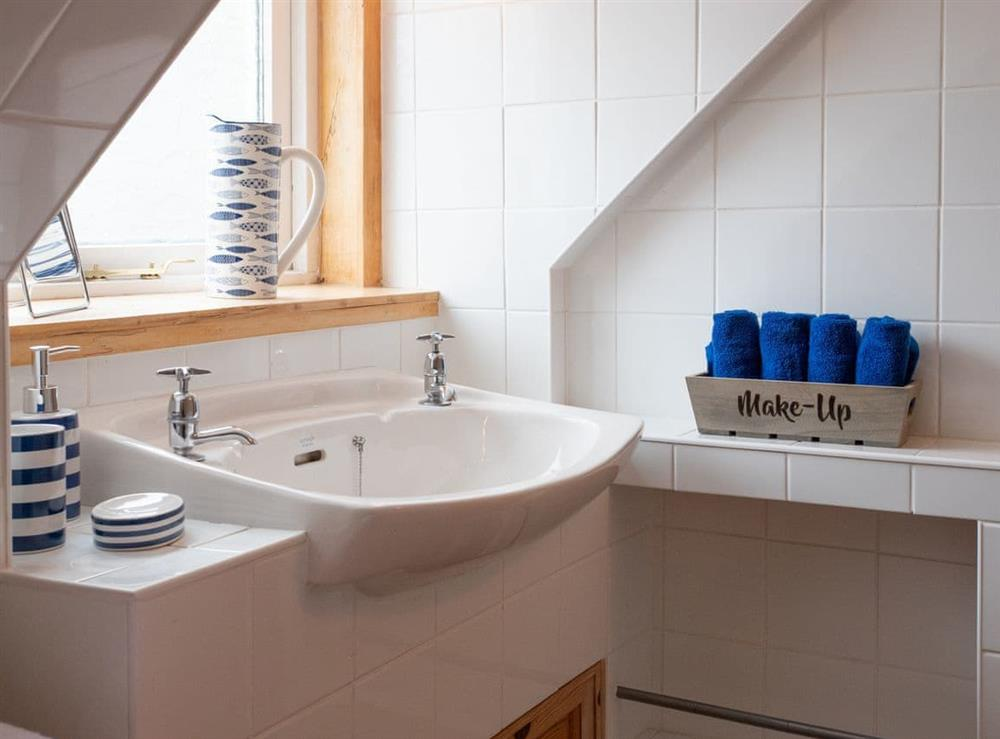 First floor bathroom (photo 2) at Balloan Farm Cottage in Lairg, Highlands, Sutherland