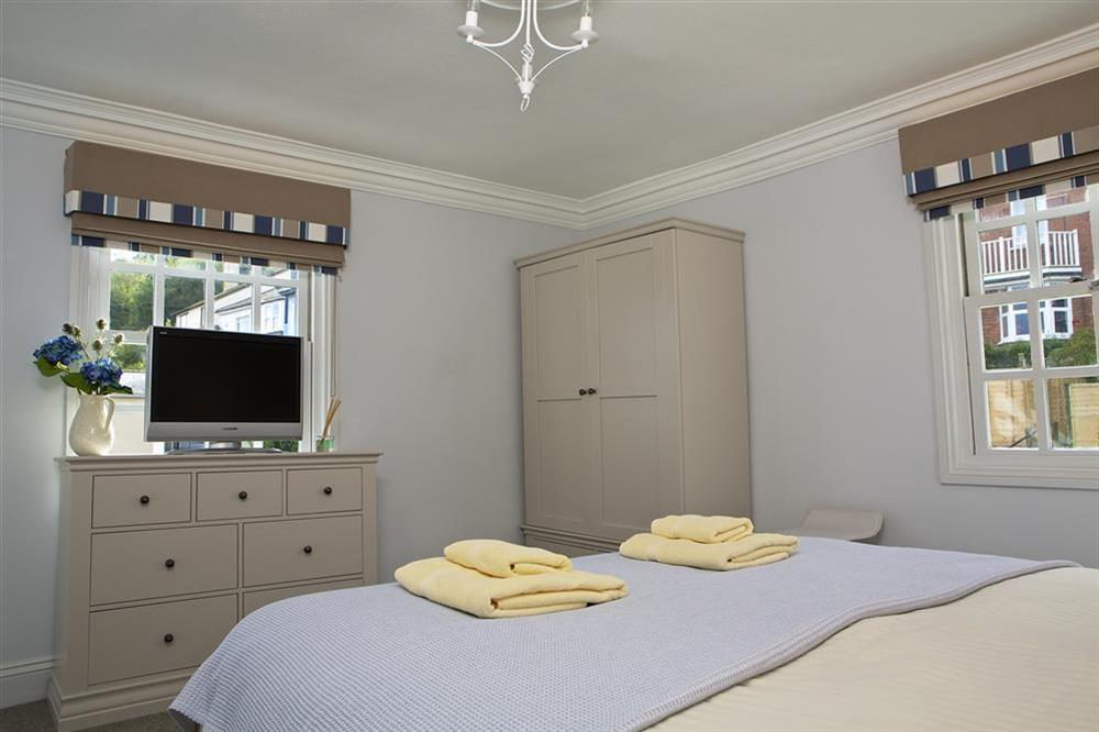 Second en suite bedroom with super-King size bed (photo 2) at Balmoral House in , Dartmouth