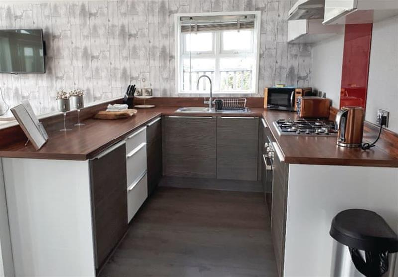 Kitchen in the Barlings Retreat Lodge at Barlings Country Park in Langworth, Lincolnshire