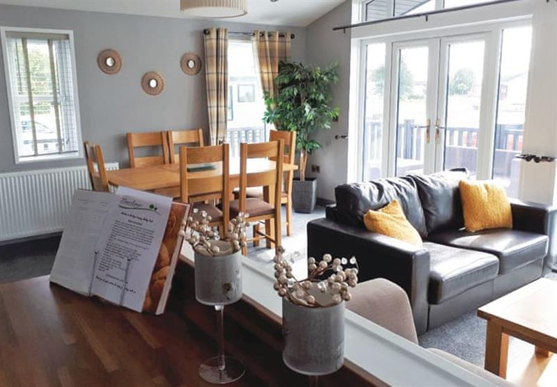 Living and dining area in the Barlings Retreat Lodge at Barlings Country Park in Langworth, Lincolnshire