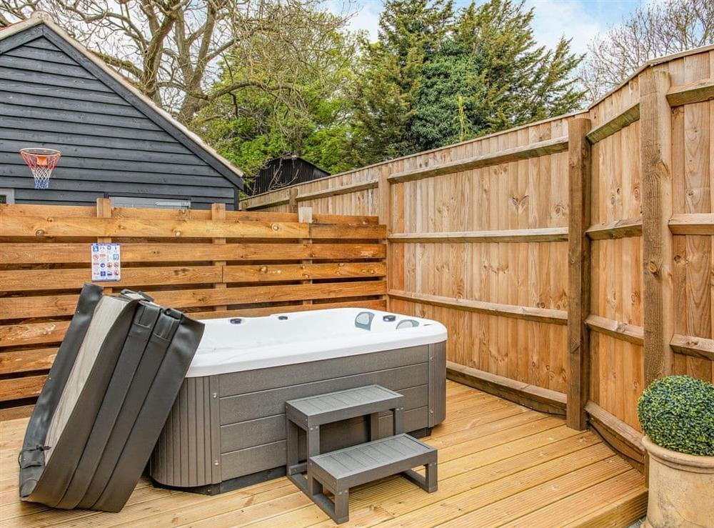 Hot tub at Barwick Retreat in Bawdeswell, Norfolk