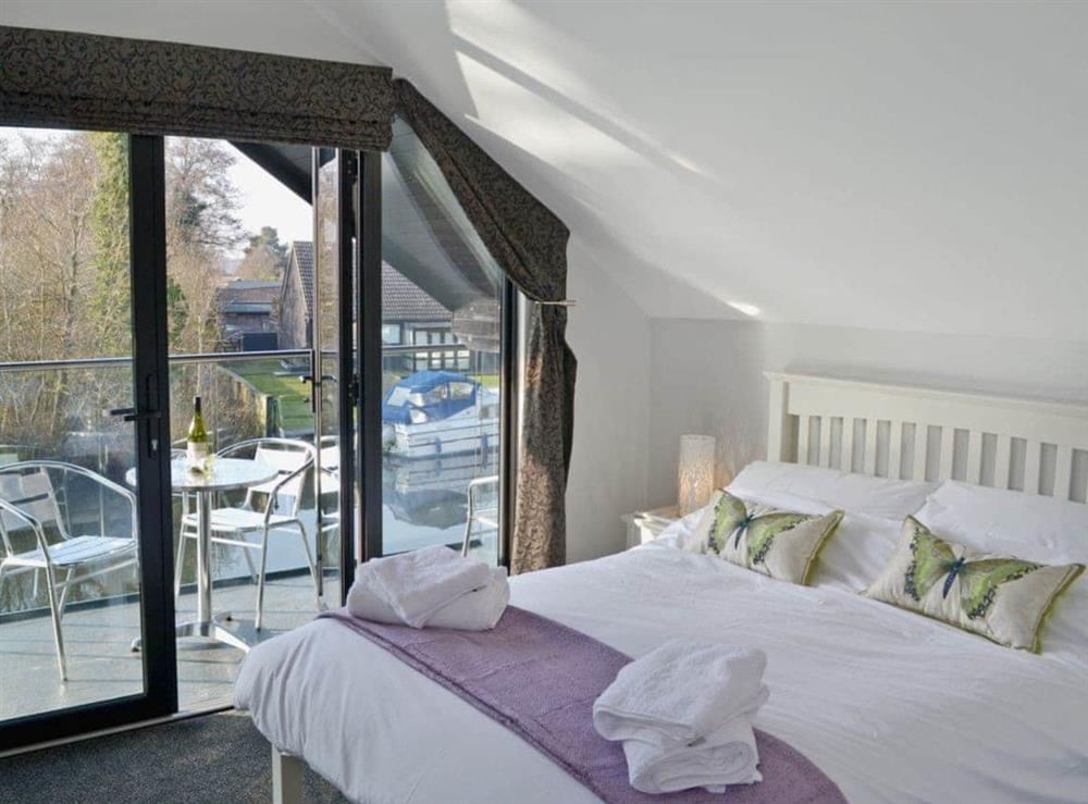 Double bedroom at Bay Tree Lodge in Hoveton, near Wroxham, Norfolk